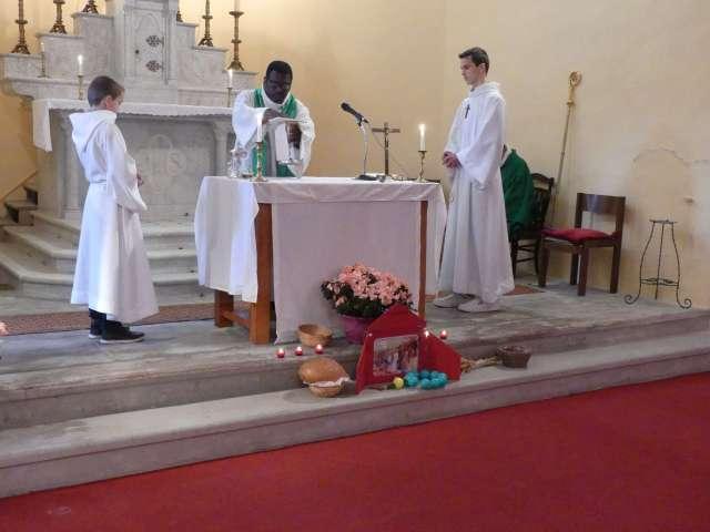 visite-pastorale-sainte-marie-reine-en-pays-de-carcassonne_32191468197_o.jpg