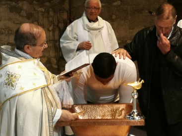 2019 05 08 Baptêmes famille arménienne St-Jacques (15)